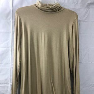 Investments beige long sleeve top made in USA